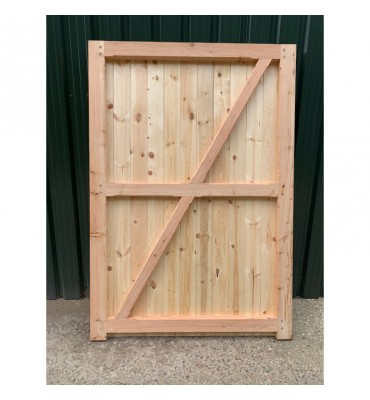 Rear View - Douglas Fir/English Larch Closeboard Driveway Gates